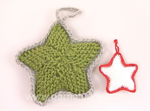 Learn how to make a knitted Christmas star - Video tutorial by #DROPSDesign #Garnstudio