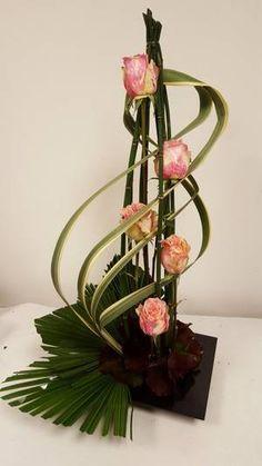 compositions modernes d 39 aujourd 39 hui plus flower accesoires pinterest composition. Black Bedroom Furniture Sets. Home Design Ideas