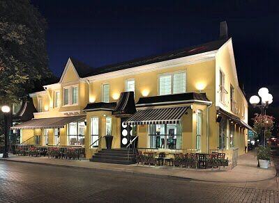 An Ode To Stripes Isn T It Just Darling Yorkville Ontario Wedding Venues Ontario