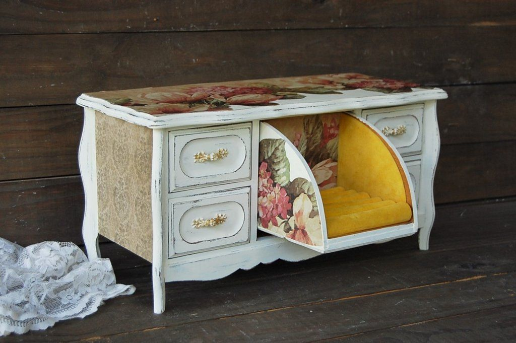 Photo of French farmhouse chest
