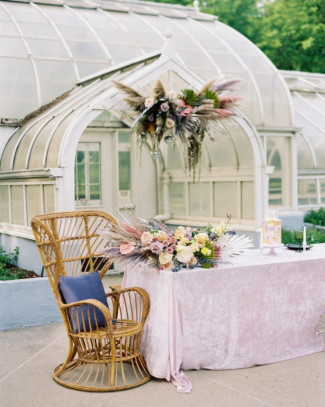 Alternative Wedding Rececption At A Greenhouse In Texas