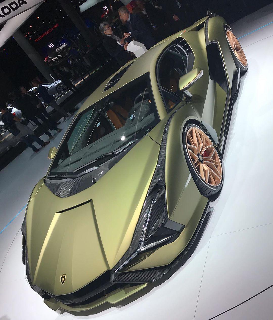 Ferrari F8 Tributo Wallpapers: #Cars #Hybrid #Lamborghini