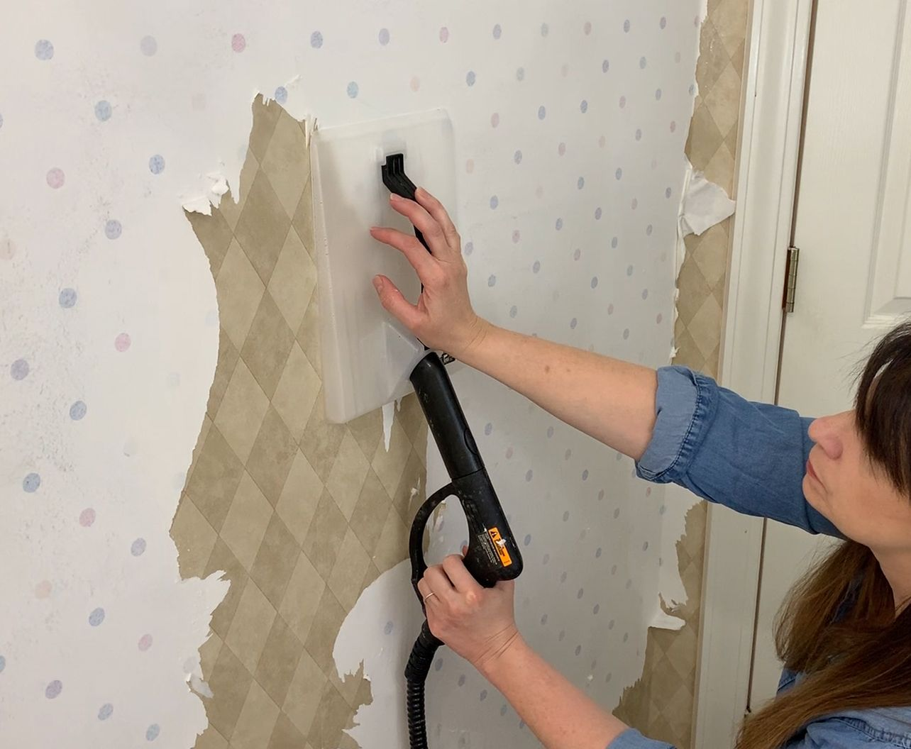 The Best Way To Remove Wallpaper A Steamer Removable Wallpaper Wallpaper Steamers Removing Old Wallpaper