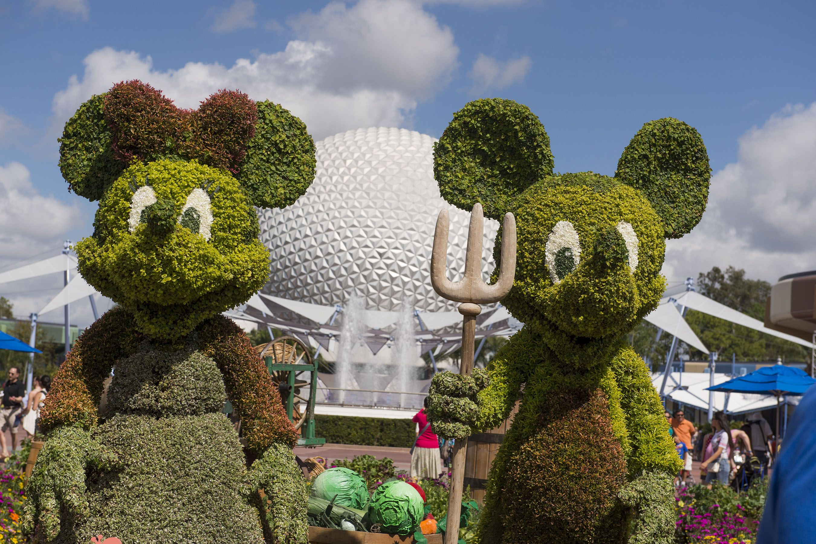 A Guide to Epcot's International Flower and Garden Festival