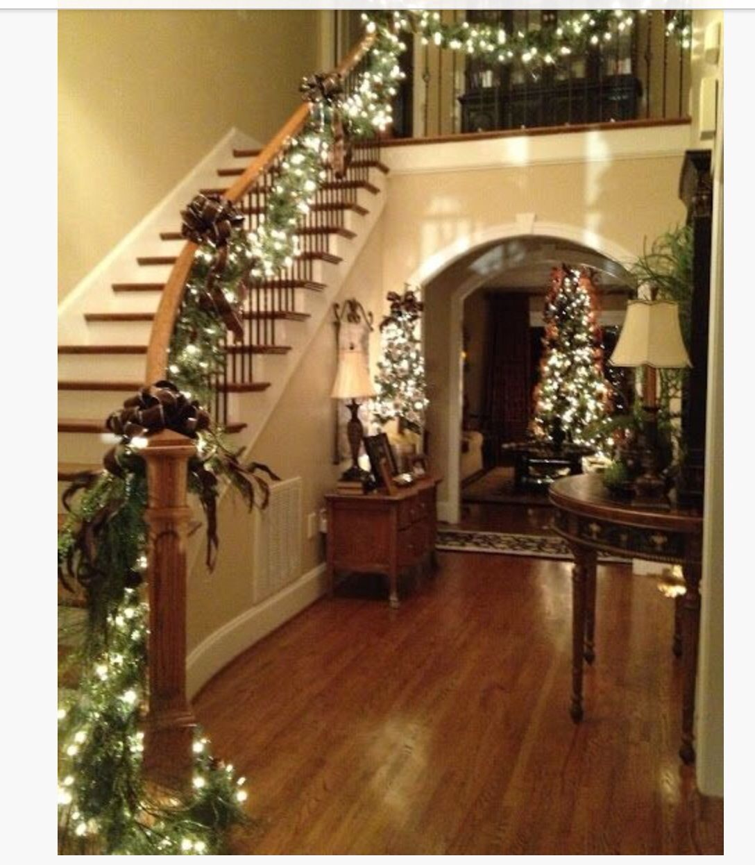 Garland With Lights And Decorations For The Railing On Stairs. I Love  Christmas Decorations And These Are Great With The House!
