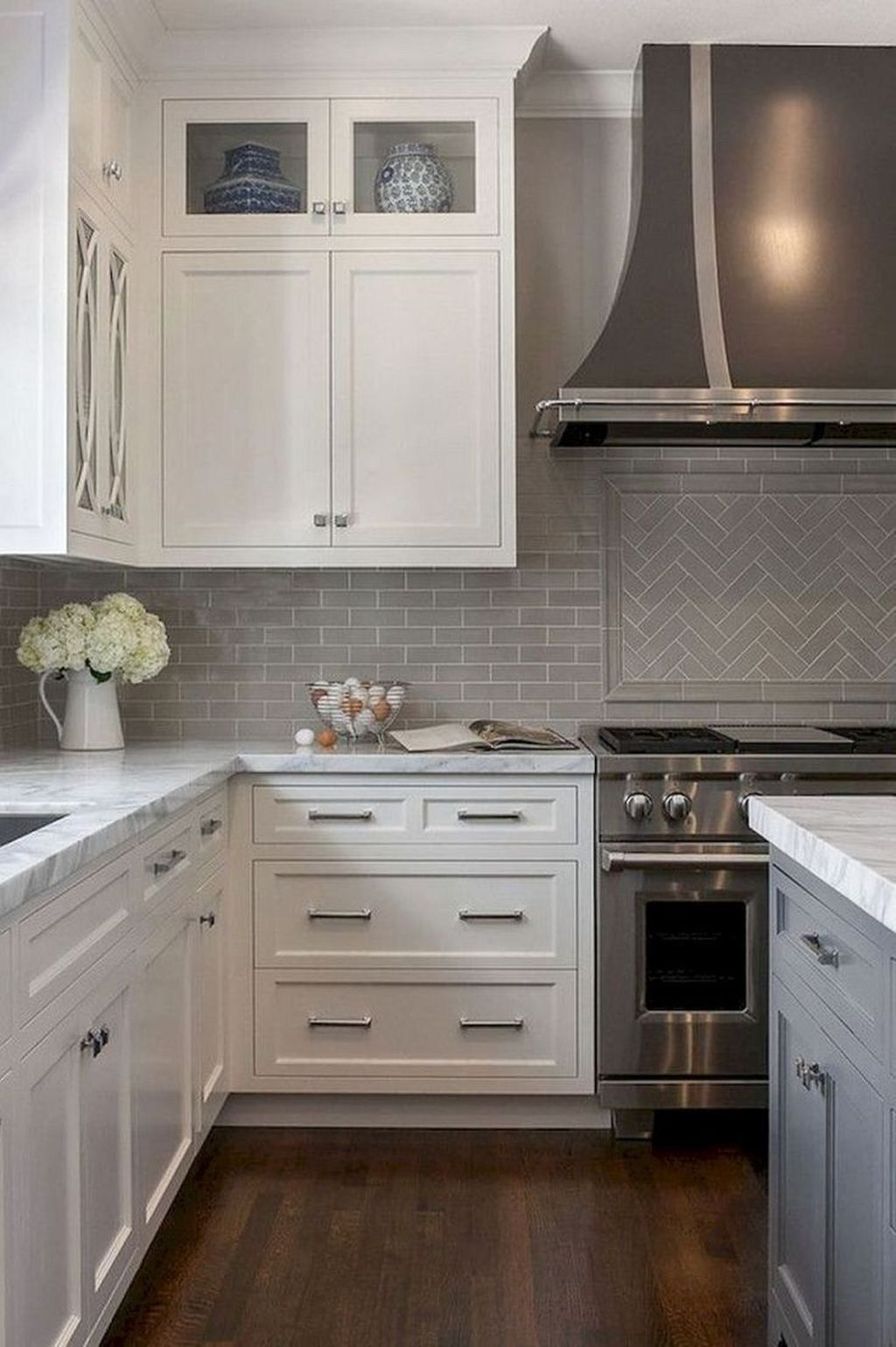 35 The Best White Kitchen Cabinet Design Ideas To Improve Your