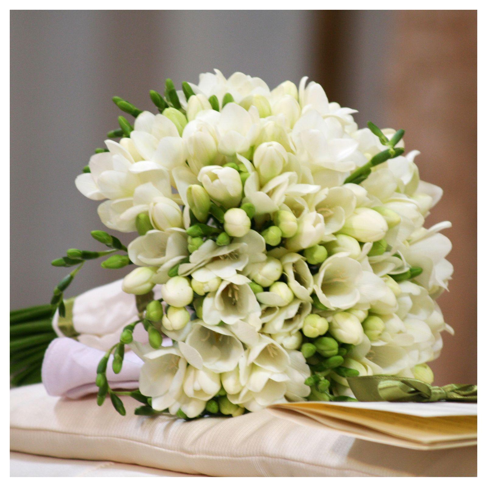 Bouquet Sposa Giugno.Sapevate Che Ogni Mese Ha Il Suo Bouquet Da Sposa Questi Sono I