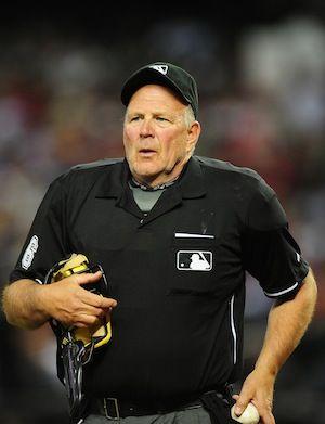 Bob Davidson Umpire 3 On Crew D For The 2016 Season Wears Number 61 Made His Mlb Debut May 31 1982 Pro Baseball Major League Baseball Mens Tops