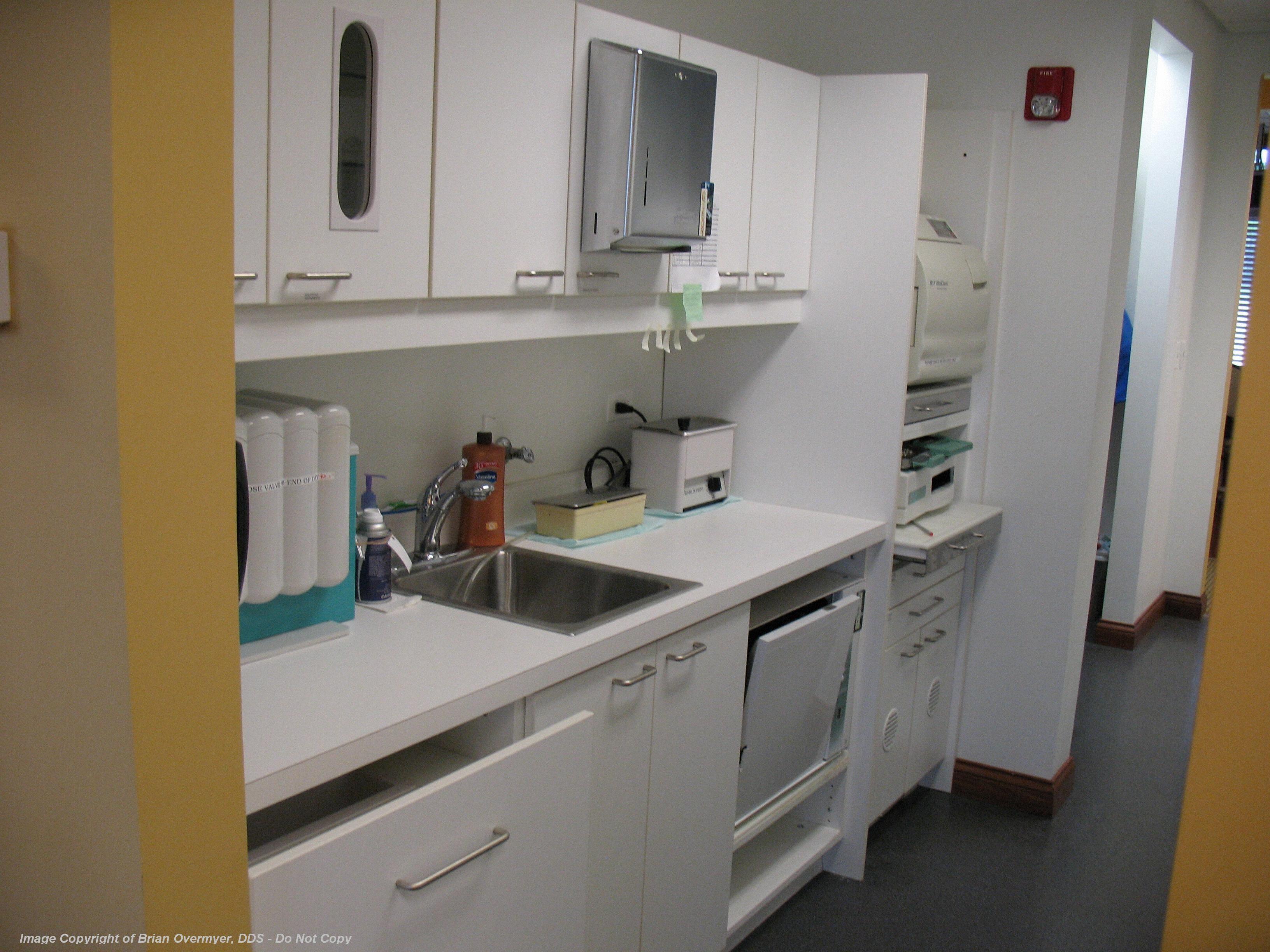 State Of The Art And OSHA Compliant Sterilization Area Dental Laboratory We Are Very