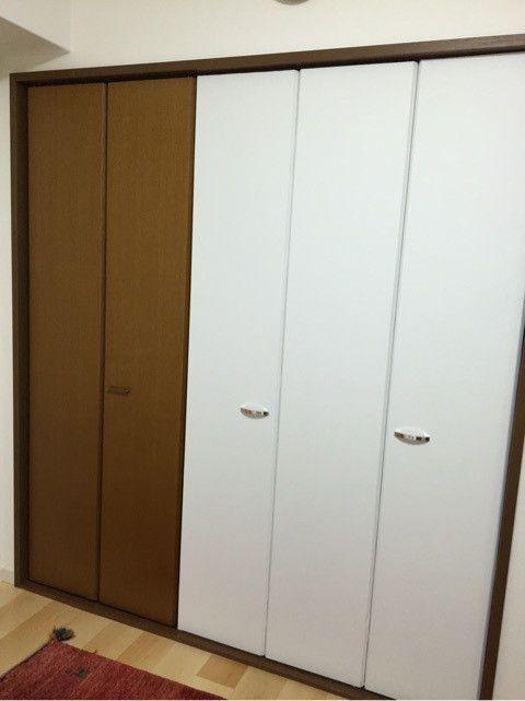 Diy完成 クローゼットの扉に壁紙を貼って白に変えました