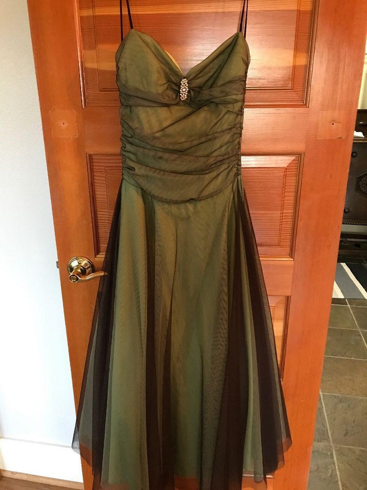 Kiki USA Green Prom Dress/Ball Gown