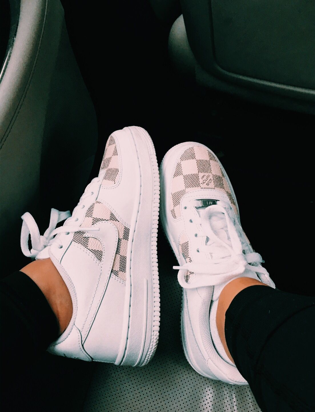 buy online d92b9 66aa3 Pin by Lephina Zeigler on SHOES TRIXX in 2019   Zapatos adidas, Zapatos nike,  Zapatos