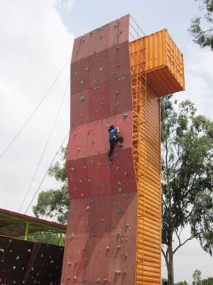 50ft High Artificial Climbing Wall Mars Climbing Gym At