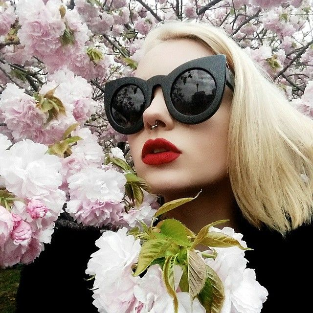WEBSTA @ tealecoco - All the #sakura have now fallen  such beauty that is only experienced for a short amount of time ⌛ wearing @jeffreestarcosmetics #VelourLiquidLipstick in #redrum ❤ft @valleyeyewear #wolves