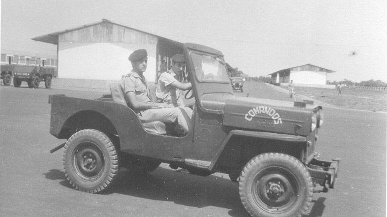 Quartel Adidos/Cmds. Saída para Bissau Brá - 1965