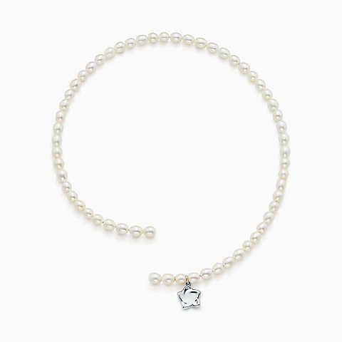 Elsa Peretti freshwater pearl necklace with sterling silver star charm Tiffany & Co. CPl1r
