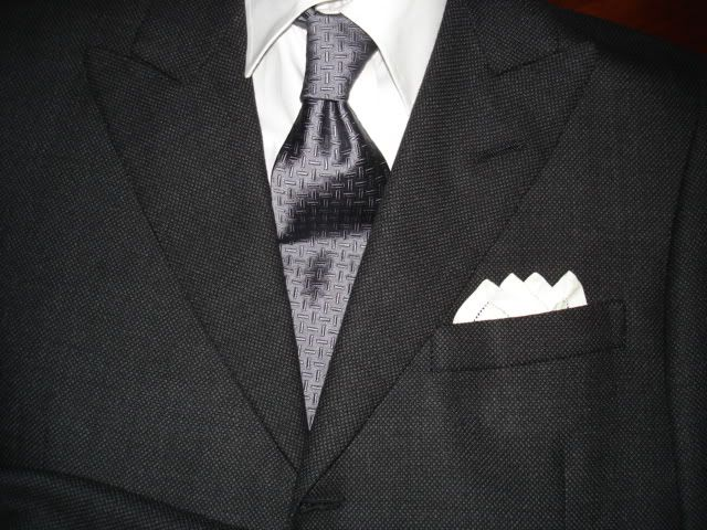 charcoal grey suit silver tie - Google Search | Wedding - Groom ...
