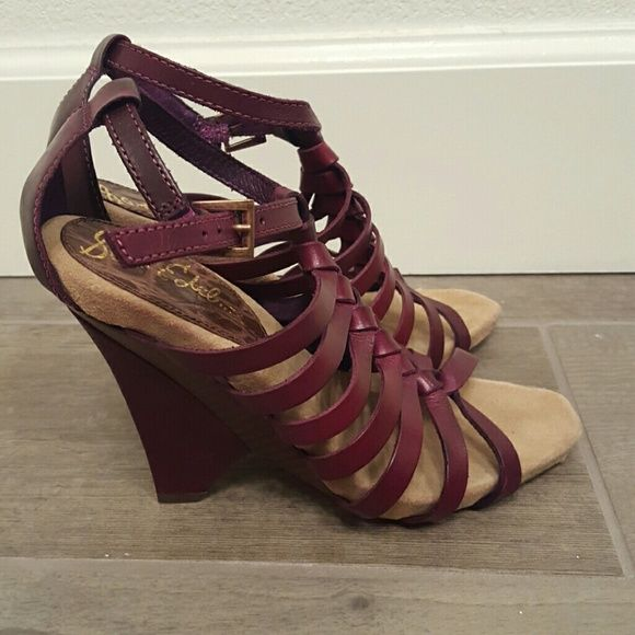 """Sam Edelman Strappy Sandals Beautiful shoes with super fun heel and strappy gladiator style leather upper in a deep plum color. EUC very little wear. Check out all of the photos for details. Approx 4"""" heel. Sam Edelman Shoes Sandals"""