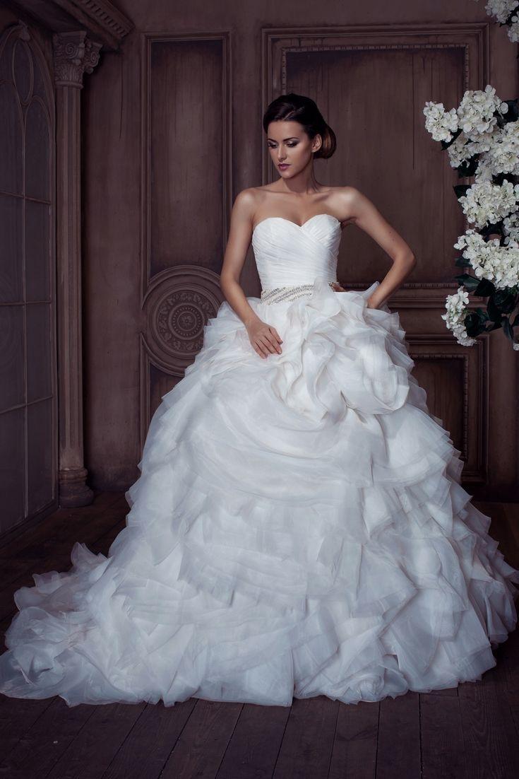 12 Wedding Dress Ideas For You - Types Of Wedding Dress ...