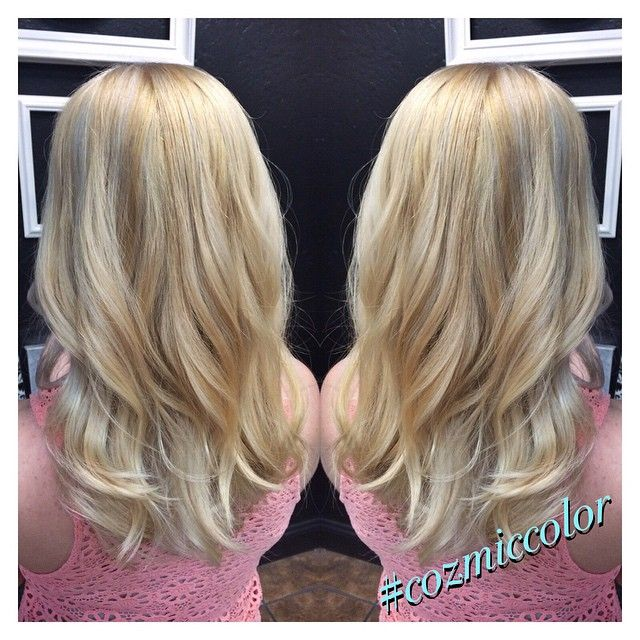 """""""On our our way to icy blonde thanks to Olaplex.  #nofilter #haircolor #stylist #bakersfieldhair #brighthair #whocuts #hairbrained #cozmiccolor…"""""""