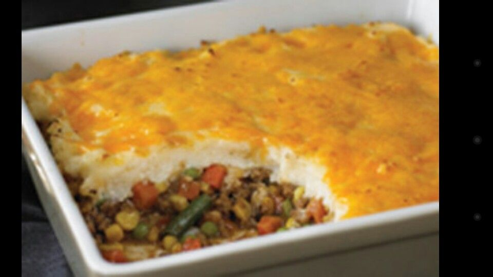 Shepherds Pie 1 Lb Ground Beef 5 Red Potatoes 4oz Cream Cheese 2 Cups Shredded Cheddar Cheese 2tsp Minced Garlic 1 Can Green Beans 1 Can Sliced Carrots 1 Makanan