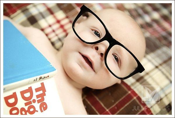 baby pose. bookworm. glasses. book. www.julepstudios.com