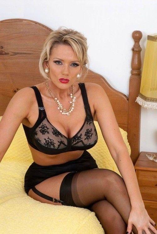 El lady mature woman amateur sex