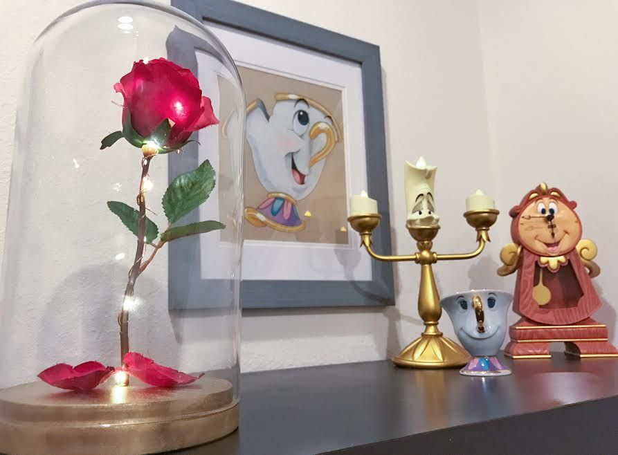 Beauty And The Beast Themed Living E A Room That S Truly Enchanting Enchanted Rosehow To Make