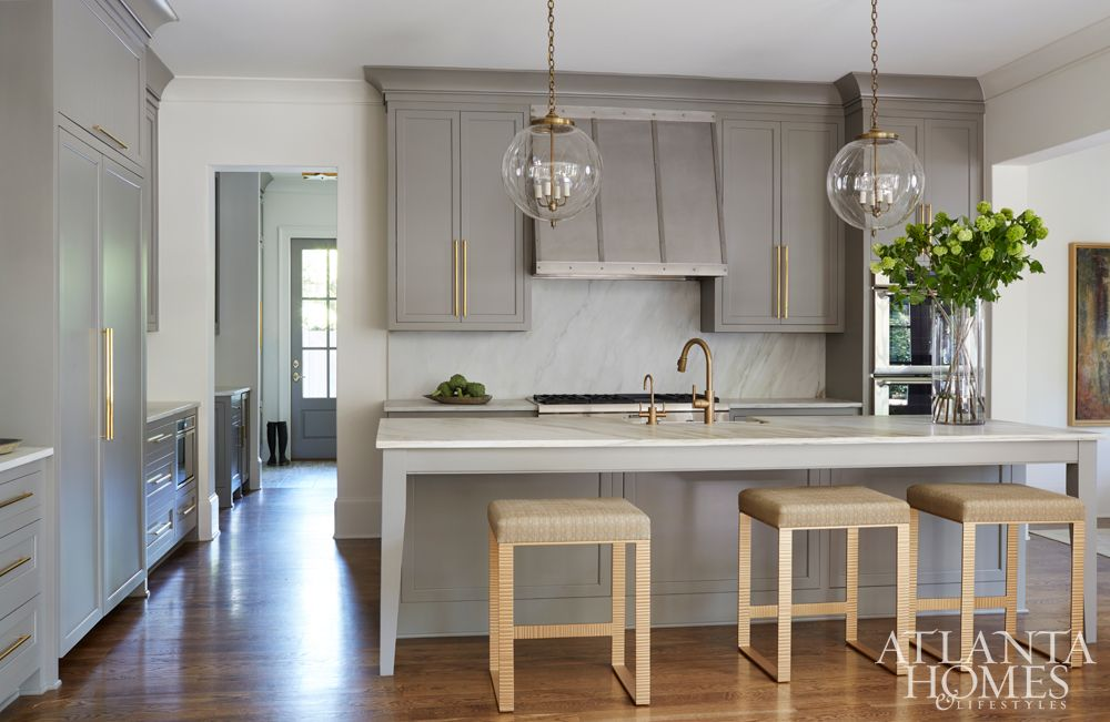 Best Light Fixtures Grey Cabinets With Brass Pull Kitchen 400 x 300