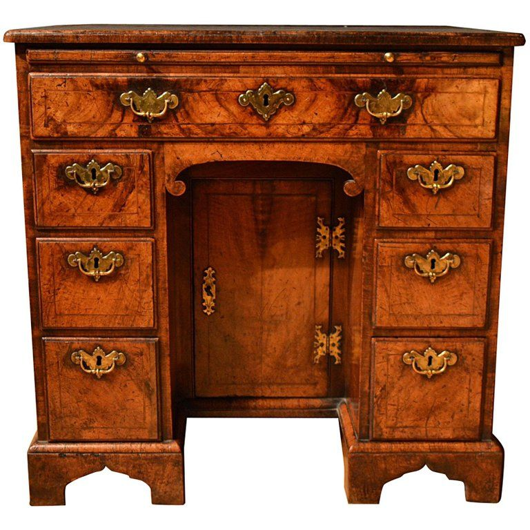 18th Century Veneered Walnut Kneehole Desk | Furniture ...