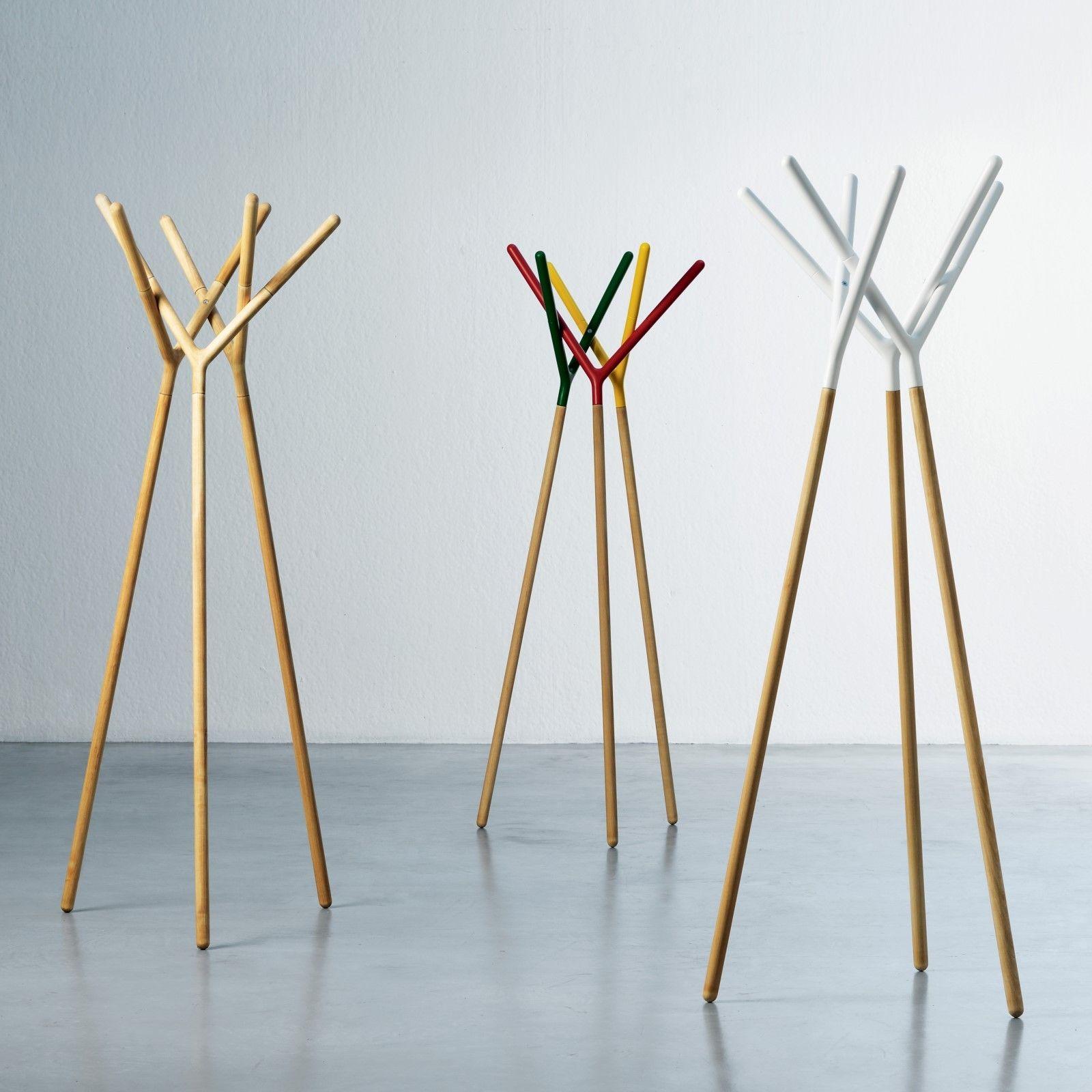 Appendiabiti di design in legno laccato o faggio naturale Game of ...
