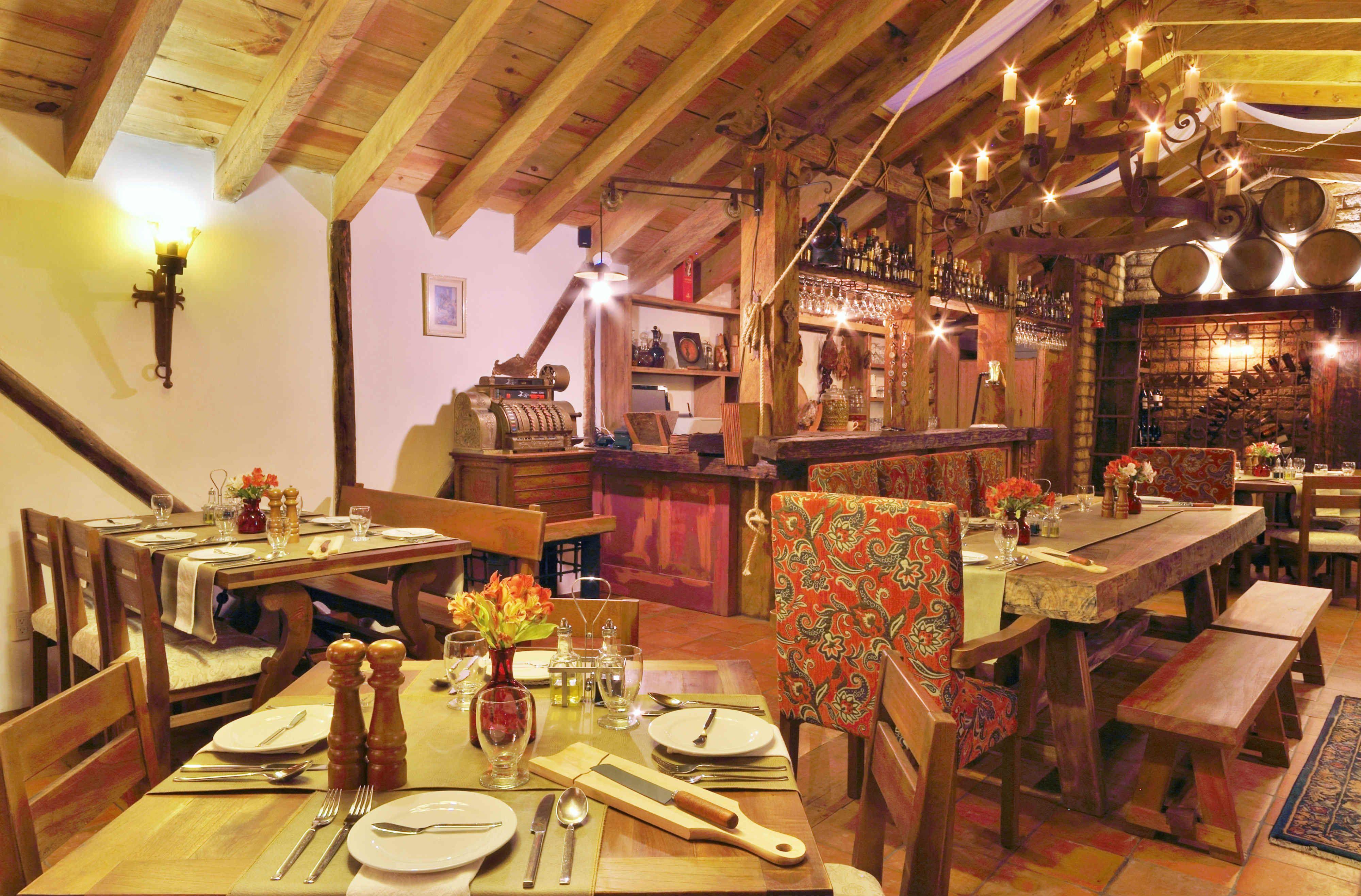 El restaurante Vida Mía te ofrece especialidades de la cocina ...