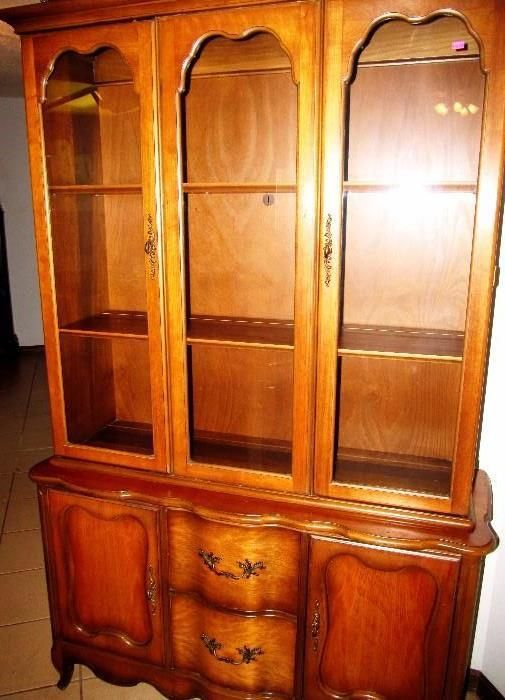 Country French Style China Cabinet With Rich Finish, Serpentine Style Front  Drawers And Wood Storage