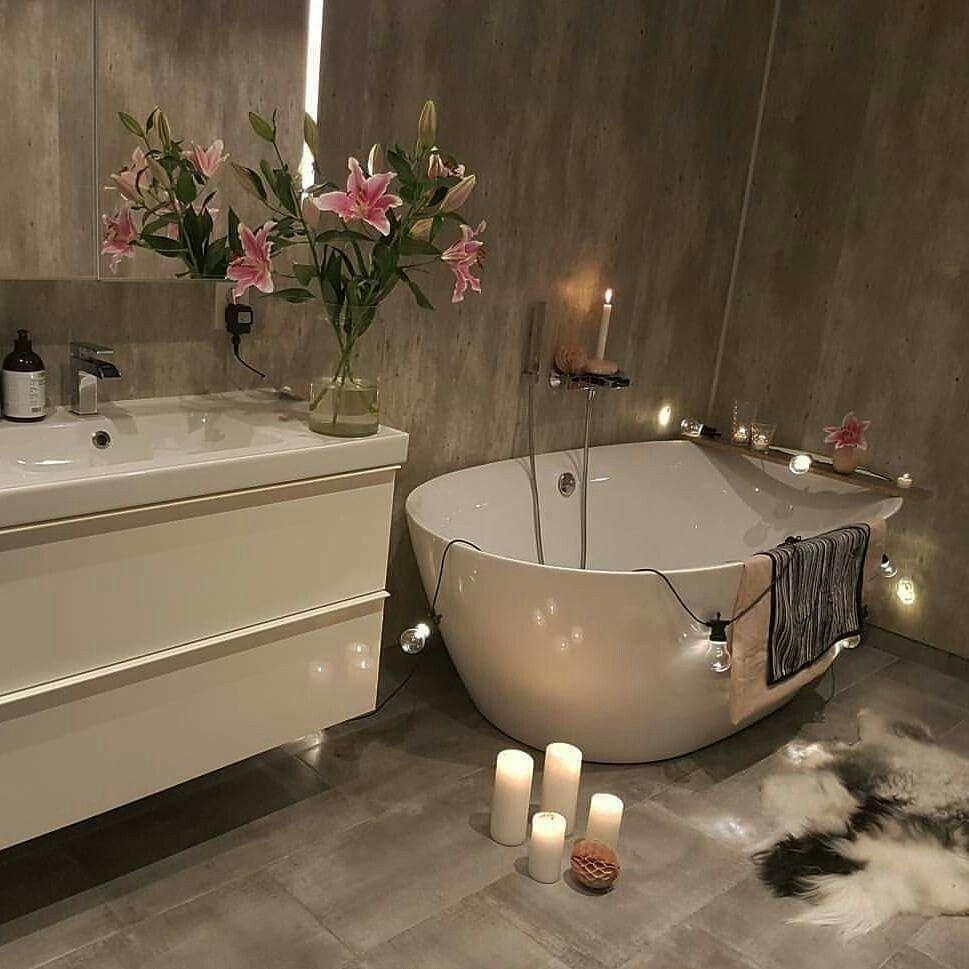 Stand alone bath tub ❤❤❤ | ⇞Household Design⇟ | Pinterest ...