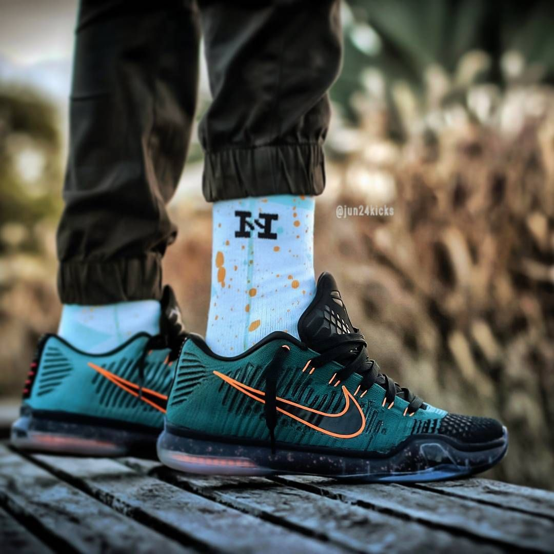 best website e36b2 d705f Nike Kobe 10 Elite Low