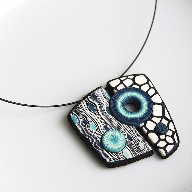 Marta Navrátilová: geometrical pendant (inspired by Eva Hašková), polymer clay.