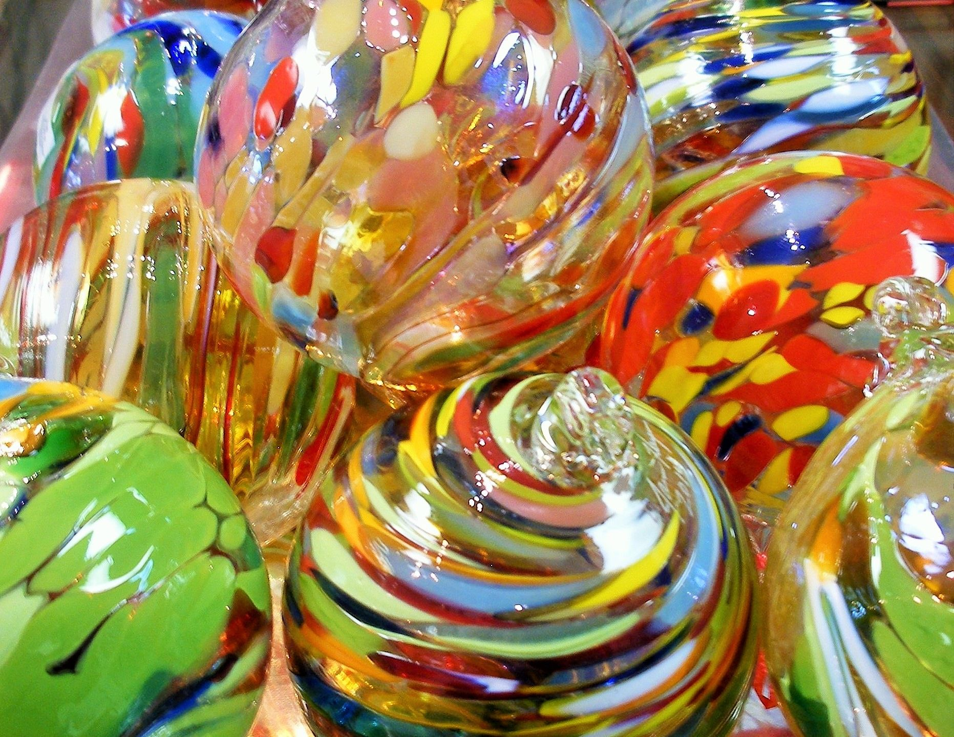 Blown Glass Christmas Ornaments By James Hayes Art Glass For Sale