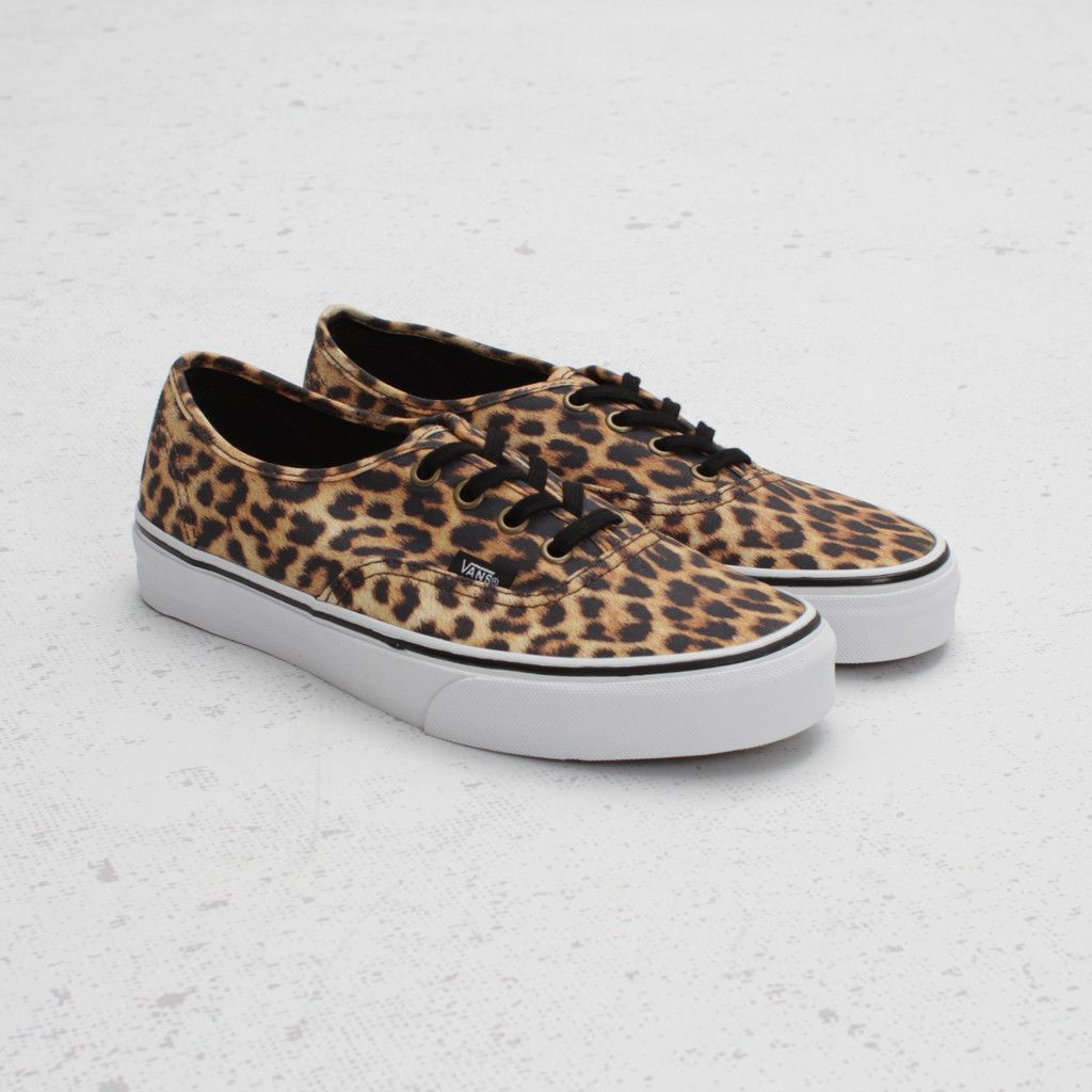 85cb7ccd0ec0 Cheetah print vans with black laces. Can you say fierce