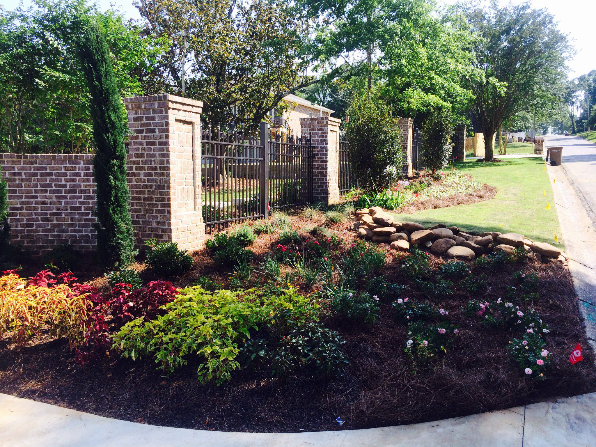 A Colorful And Elegant Landscape Design By James Martin And Installed By Gulfside Landscaping Pensacola Florida Landscape Design Elegant Landscape Landscape
