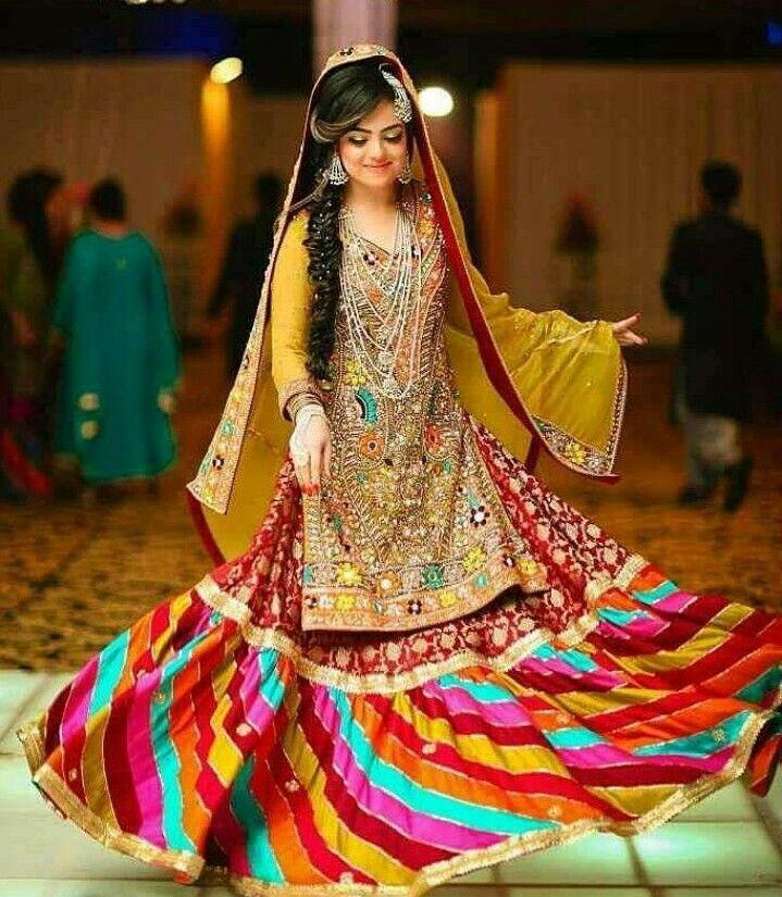 Mehndi Traditional Dresses : Pin by sarvat amaz on mayoun mehndi dress pinterest