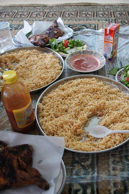 Ramadan Eid Meals Traditional Saudi Meals For Ramadan Eid El Fitr تتباين المأكولات الشعبية السعودية المتناولة في عيد الفطر Healthy Balance Nutrition Meals