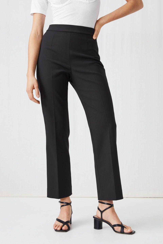 NWT Wide leg crop pants Gaucho Capri length Navy Cotton Spandex ch//ladies