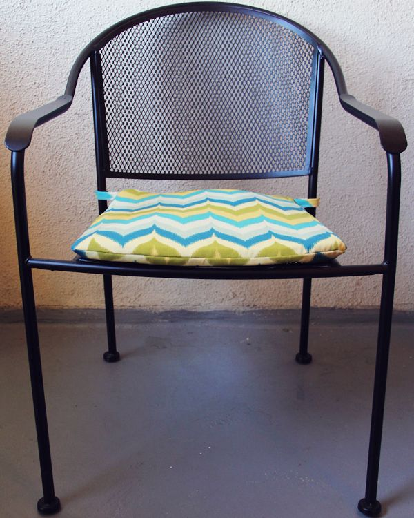 Diy Outdoor Chair Cushion. Need To Make These For Our Patio Set!