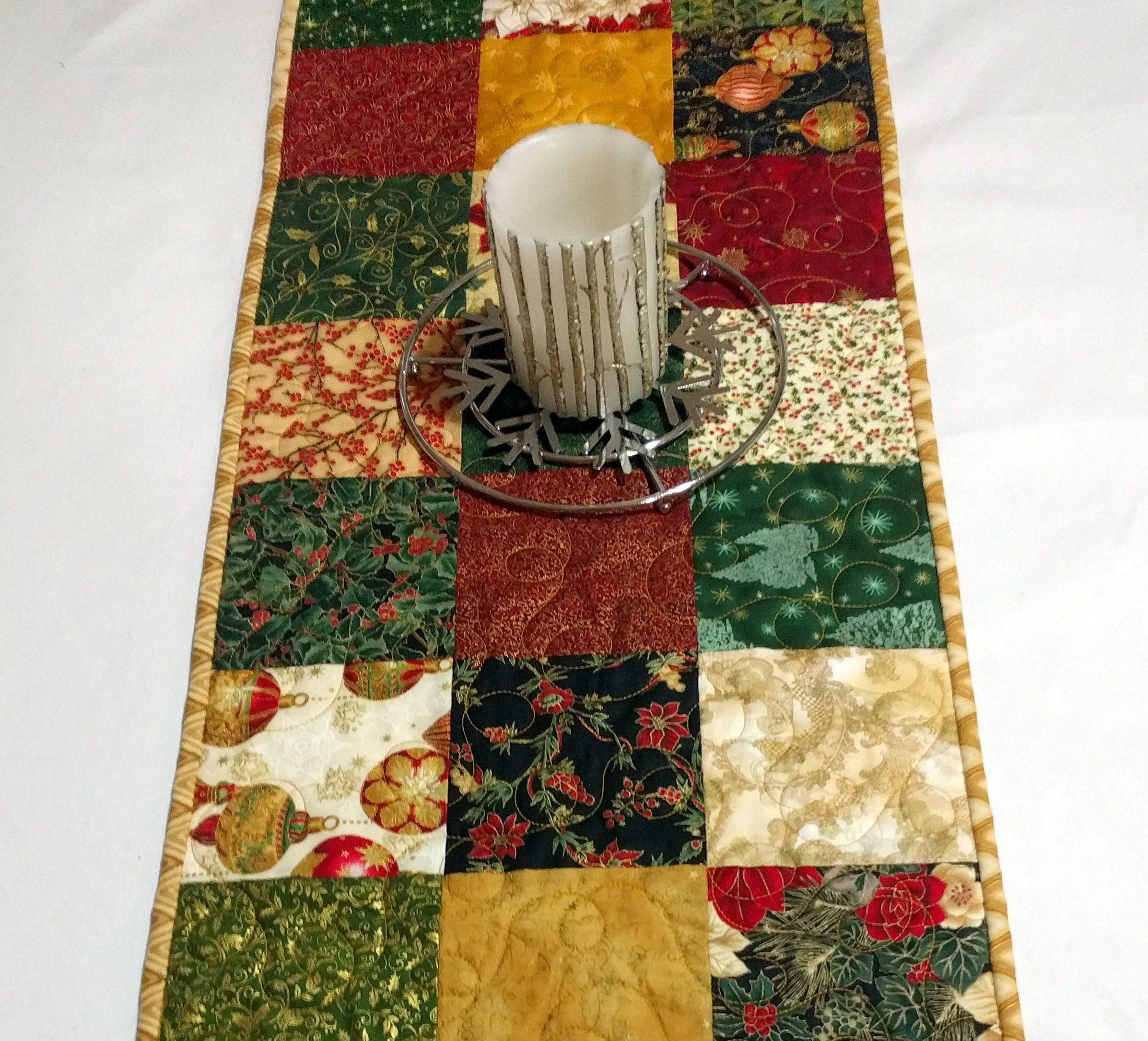 Gold Metallic Christmas Quilted Table Runner Red Gold Christmas Quilt Wedding Gift Elegant Quilt Decor H Metallic Christmas Red Gold Christmas Quilts Decor