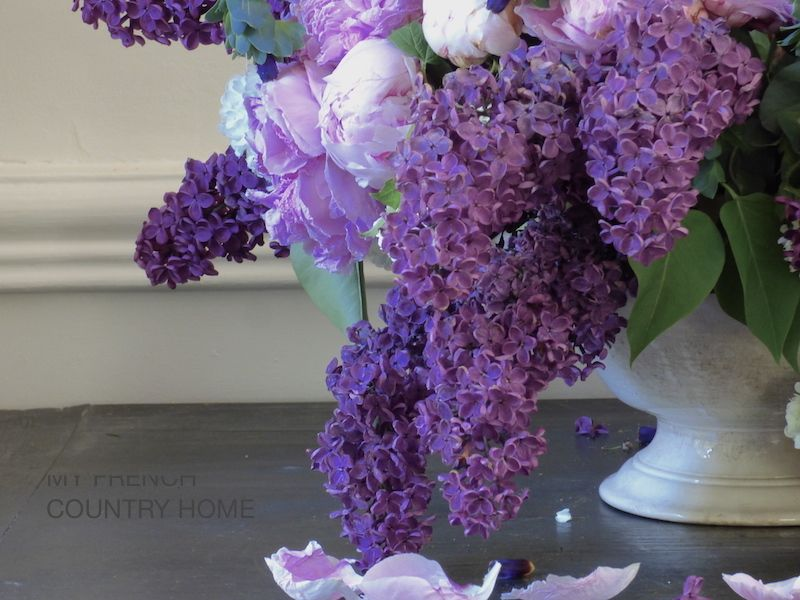 Bringing Lilac Indoors My French Country Home Flower Therapy Flower Arrangements Lilac