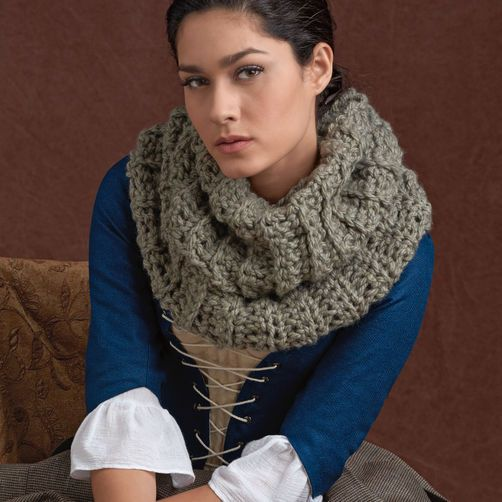 Simplicity 40 Outlander Costume Free Crochet Cowl Pattern To Inspiration Outlander Crochet Patterns
