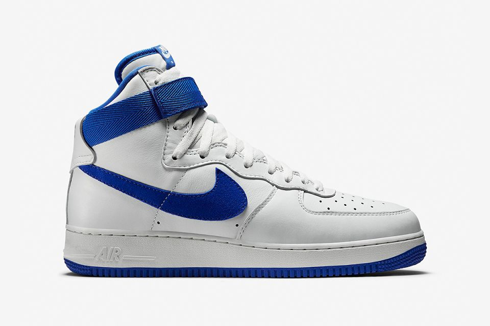 low priced 2fba3 ee00f Nike Air Force 1 Low – Military Blue – Black – White