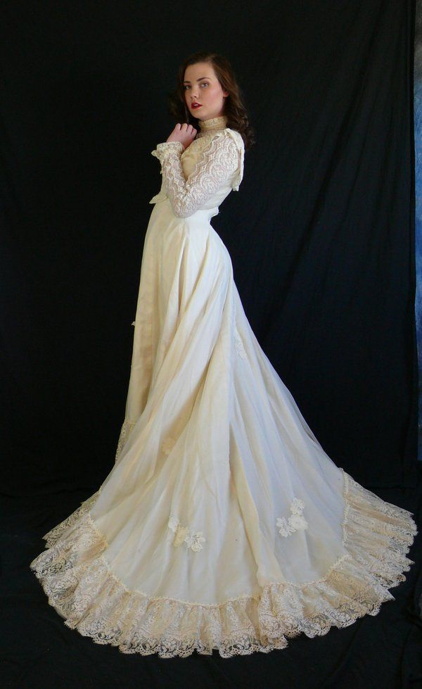 Wedding Dress Victorian Ball Gownsvictorian