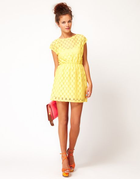 Womens Yellow River Island Chelsea Girl Spot Lace Dress