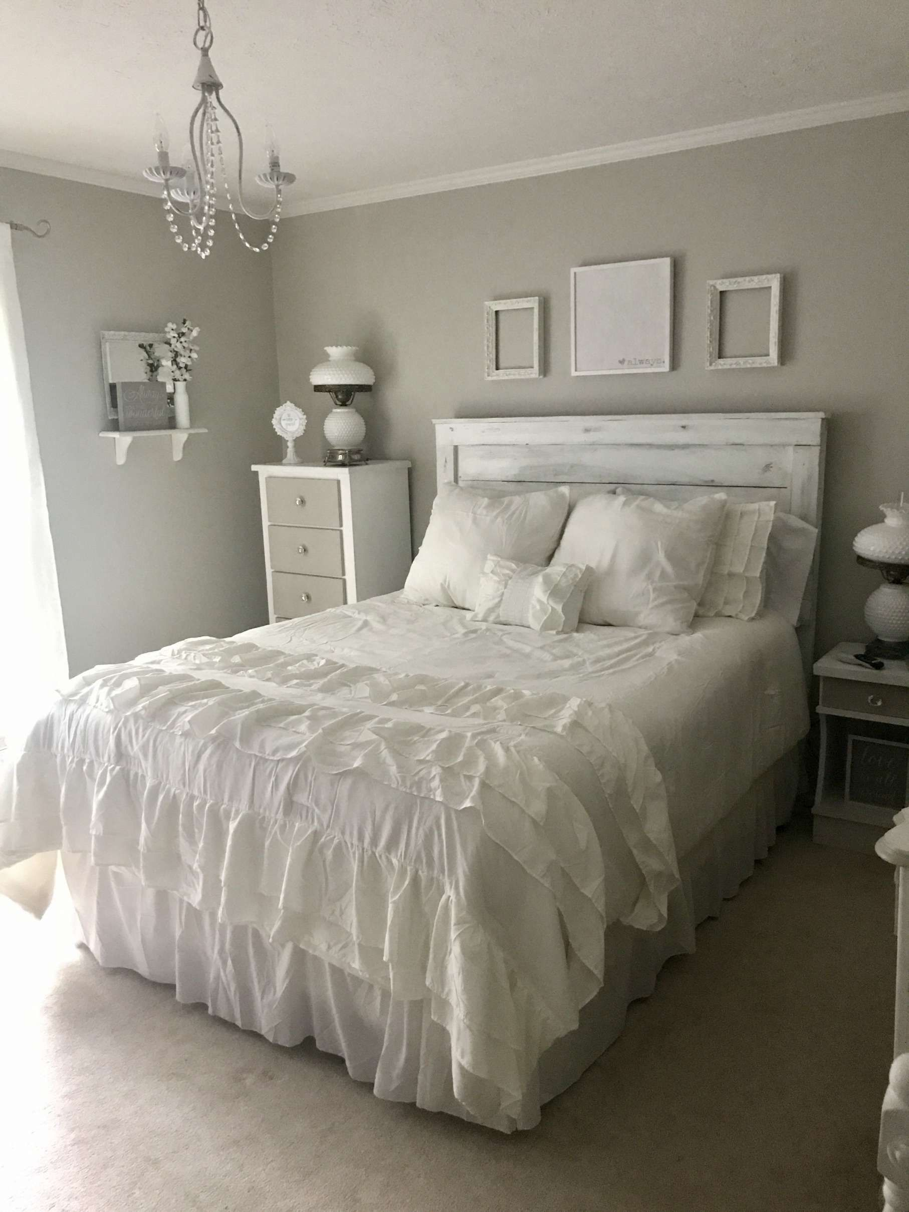 shabbychic 5 Fantastic Grey And White Shabby Chic Bedroom Gallery